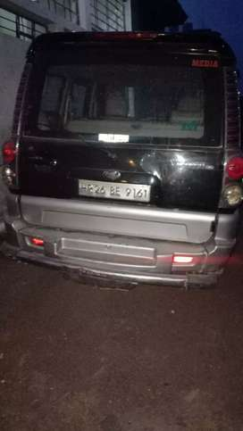 Mahindra Scorpio black colour
