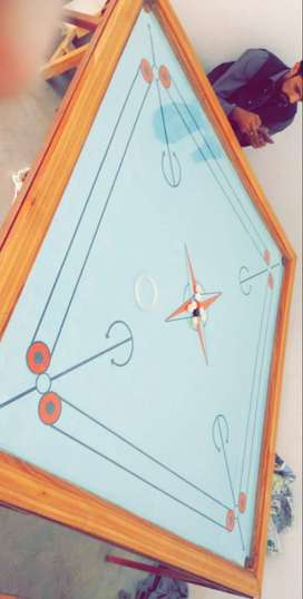 Carrom board Extra Large size 6×6 feet 10/10 condition with stand.