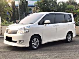 Toyota Nav1 V 2.0 Limited Luxury 2017 / mint condition