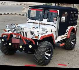 white jeep with original top roof