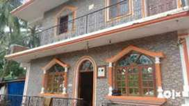 4 rooms guest house for rent at calangute main beach..
