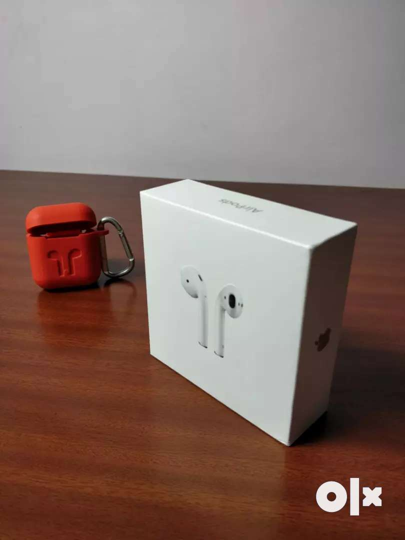 Apple airpods 0
