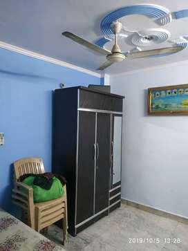 ORIGINAL PICTURES 2nd Floor 1 Bhk Rs 8000/- near Nirman vihar metro