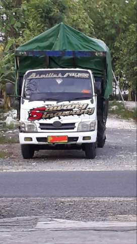 Truck Dyna 110 ET