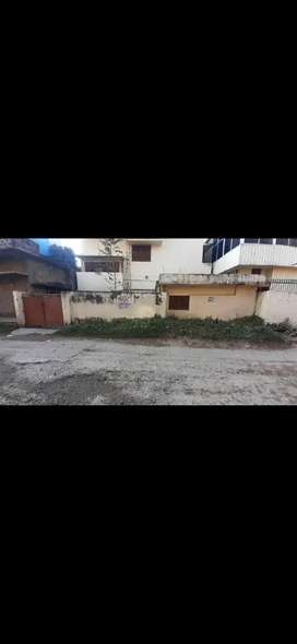 A well condition house for sale in vip area..