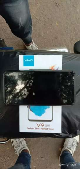 Vivo V9 youth Urgent sell