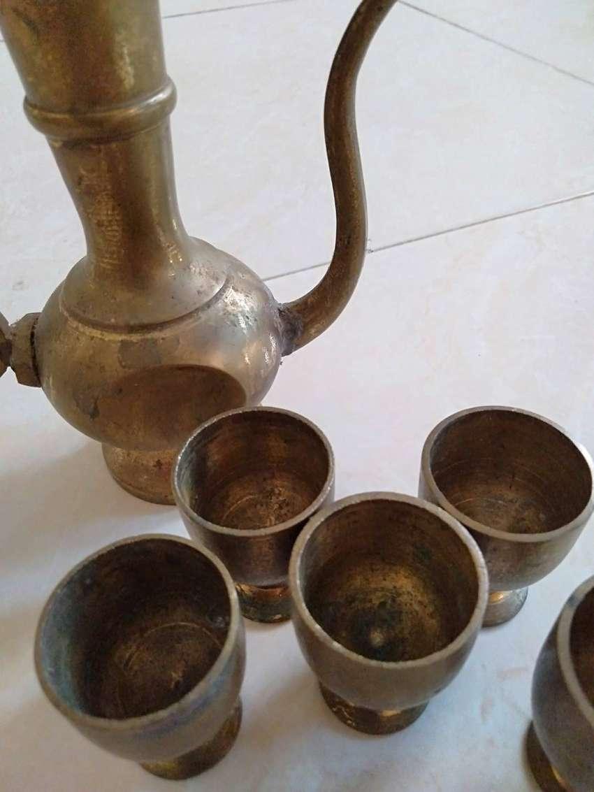 Barang antik ceret dan gelas kecil, jenis barang antik Kuningan 0