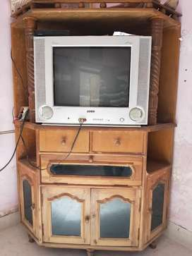 21 inch flat screen old TV + cabinet free