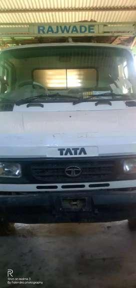 Tata pick-up 407