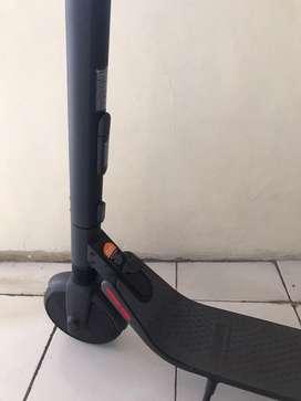 Ninebot segway scooter ES2 / skuter listrik