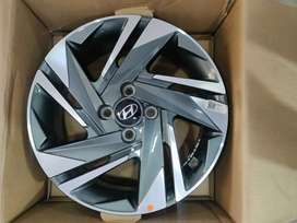16 inches Verna fluidic and i20 OEM daimond cut stock 2021 model