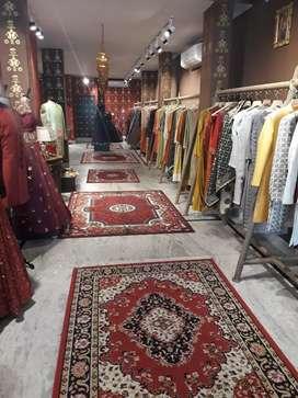 1800 sq ft furnished showroom in main raja park lane no.1
