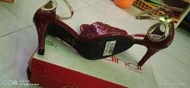 hils cardinal merah