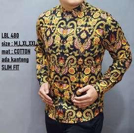 Kemeja batik warna kuning lengan panjang model slimfit full motif