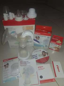 Pigeon manual breast pump dpt 2 bonus