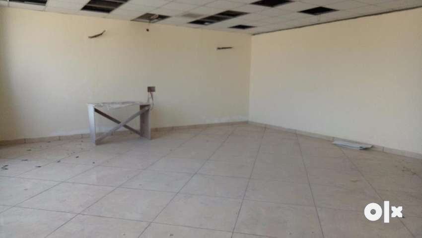 Semi Funrished office with cabins , flooring and ceiling for rent 0