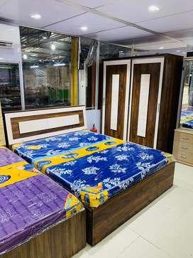 Leke jao bedroom set saste mein 5 years warranty