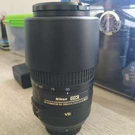Lensa nikon AFS nikkor 55-300mm f4.5-5.6 G ED DX
