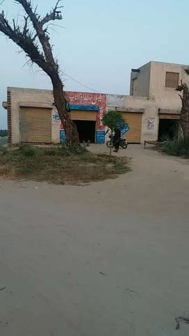 Comercial Market For Sale Front on MM road Adda Barbaad
