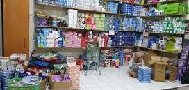 Pramuniaga / penjaga toko