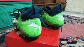 Sepatu bola puma future 18.3 jarang di pke