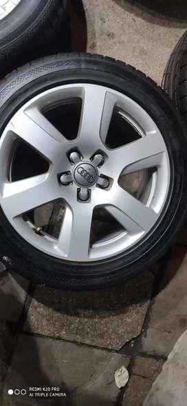 "Original 17"" Audi Alloy wheel With Tyre"