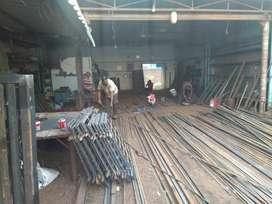 Welders and helpers in Om Sai Engineering and Mechanical  Works