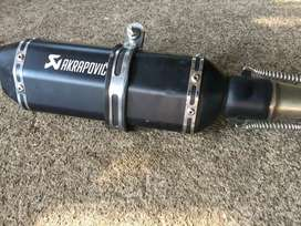 Akrapovic exhaust for sale less used good condition with bend pipe