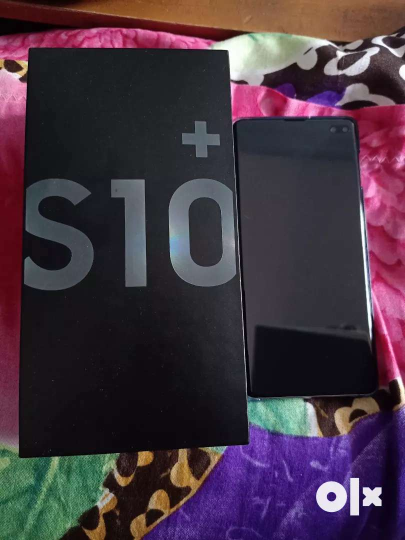 Want sell my new phone s10+(8/128GB) 0