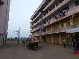 1bhk flat fayda na bhav thi vechvano che