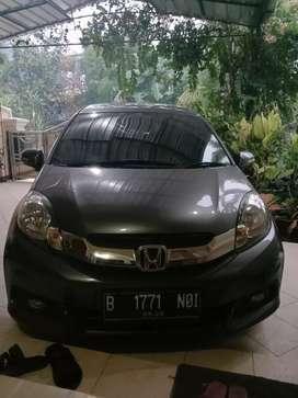 BU, Dijual (TERMURAH) Honda Mobilio tipe E CVT A/T 2014 pemakaian 2015