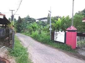 5 Cent prime Residential at Edappally Koonamthai  Near Bus stop