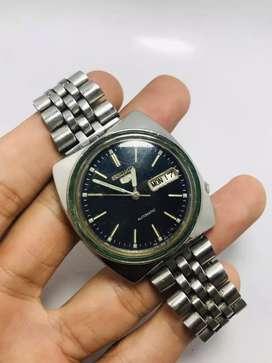 Seiko 7s26 blue dial