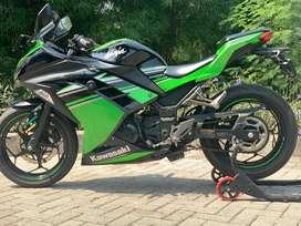 CASH CREDIT jual motor moge kawasaki ninja 250 fi 2016 se krt low km
