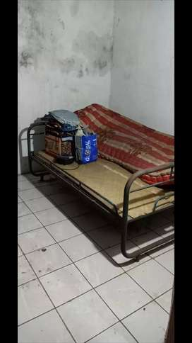 besi ranjang  murah dan kursi kantor bekas
