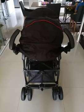 Kereta Sorong Stroller merek Elle warna Hitam kondisi mulusss