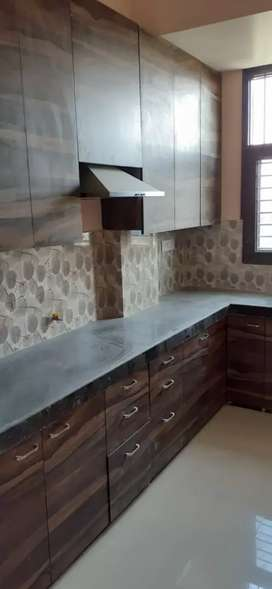 Independent 3 bhk flat for rent vt road...