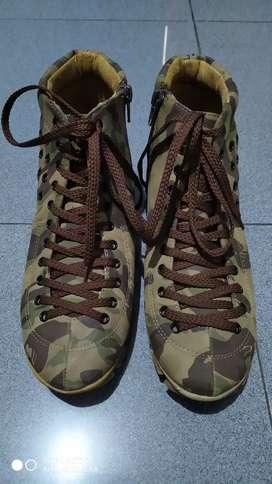 Sepatu Cewek Army merk FLY Shoes