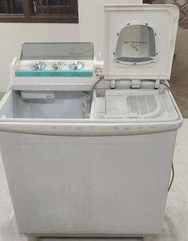 Hitachi Semi Automatic Washing Machine