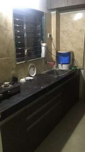 3bhk semifurnished flat only 10000