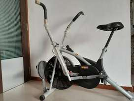 BODY GYM - THE FITNESS EQUIPMENT