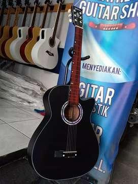 Gitar akustik lembur