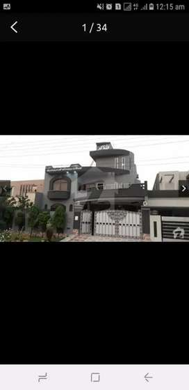 RENT Valancia One Kanal upper portion near Beaconhouse school