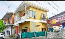 Dijual Rumah Murah beserta bedeng 5 pintu di tengah kota palembang