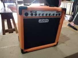 Ampli gitar Oranye distorsi