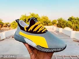 Sport's shoes