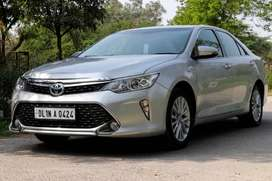 Toyota Camry Hybrid 2.5, 2016, Petrol