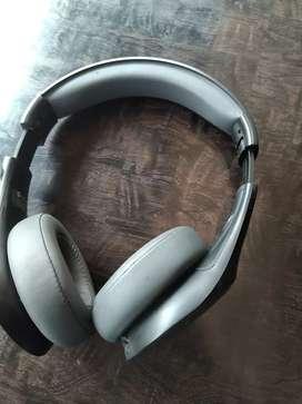 Buy Motorola headphone in 1500 mrp 3999