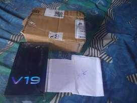 Vivo V 19   RAM 8 GB.  ROM 128 GB