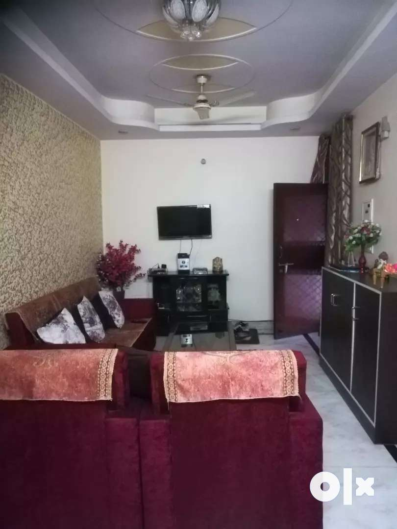 Sale of 2 BHK Flat  in the 3rd floor of the apartment. 0